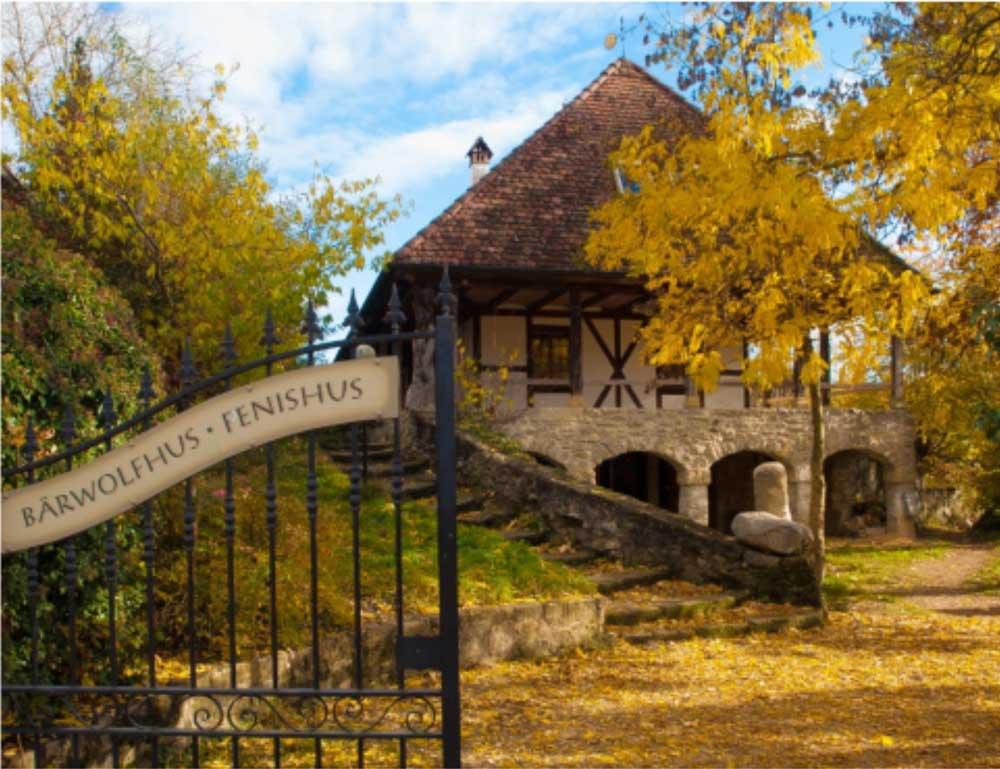 Visites guides axées sur l'histoire et la culture du village